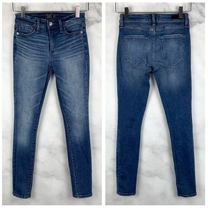Abercrombie & Fitch Harper Skinny Jegging Jeans 24